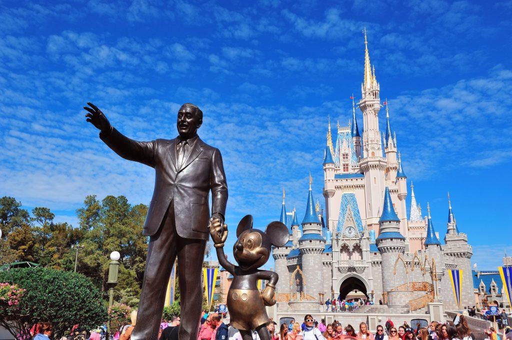 Passagem para Disney: aprenda como comprar online com desconto