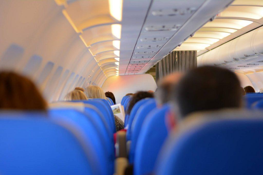 4 coisas para NÃO fazer durante um voo de avião 1