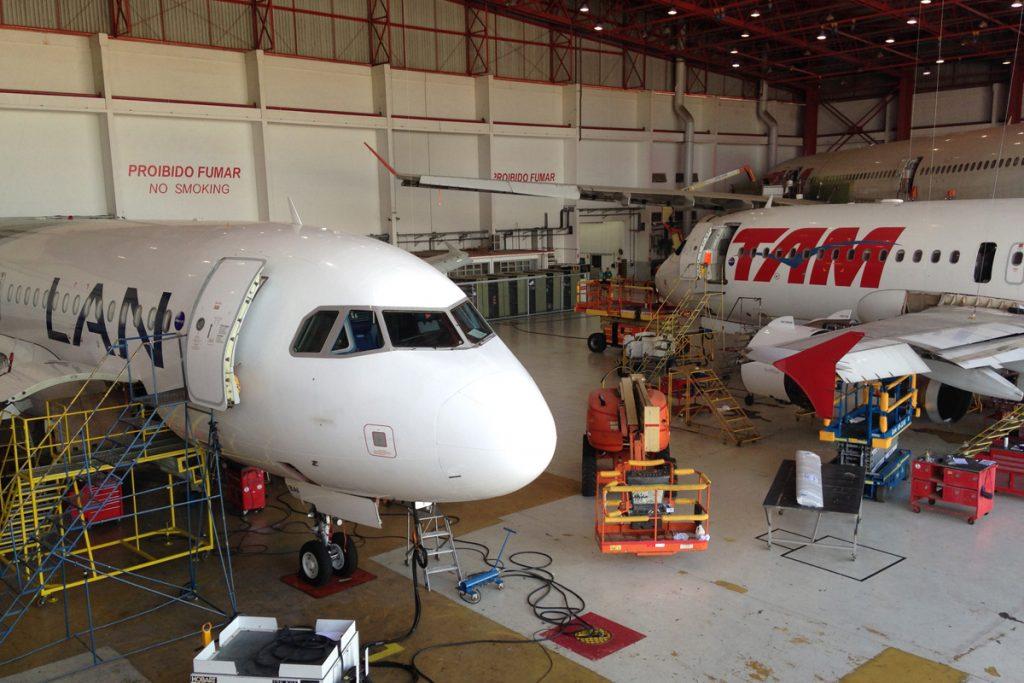 Por que o avião é um dos meios de transporte mais seguros de todos? 3 motivos! 1