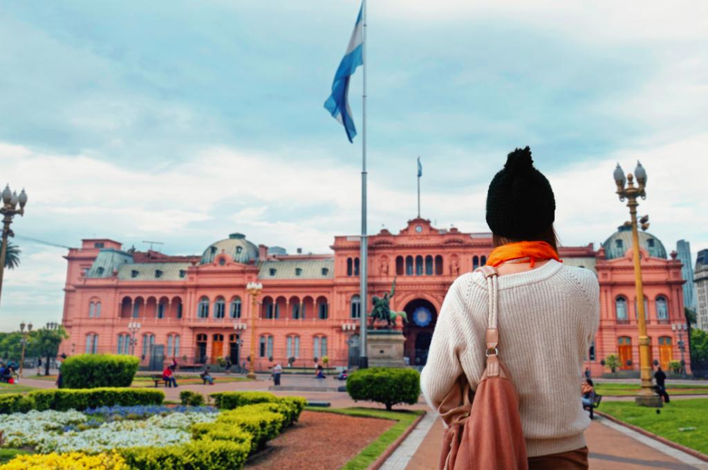 CVC Viagens lista 10 países para fugir do dólar
