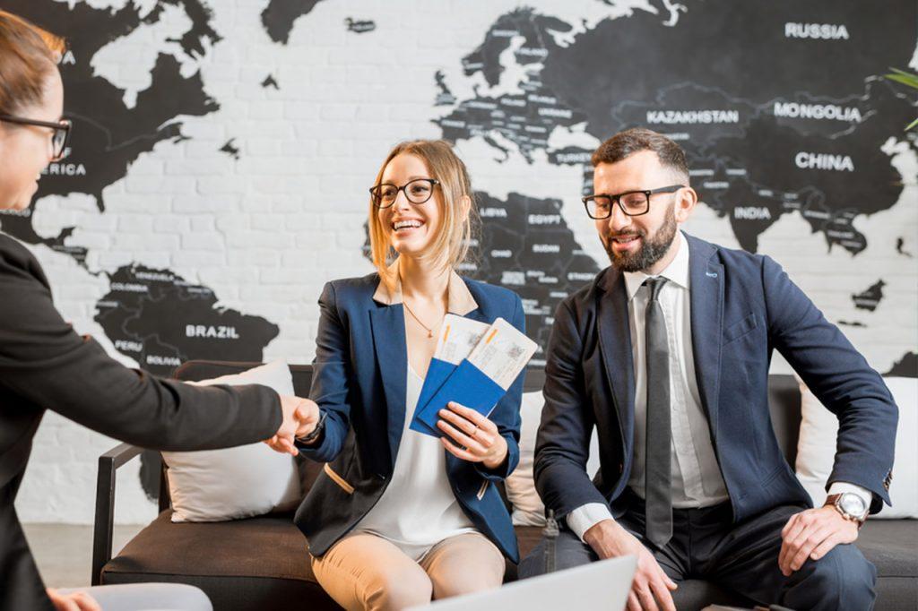 Descubra 7 profissões para ganhar dinheiro enquanto viaja
