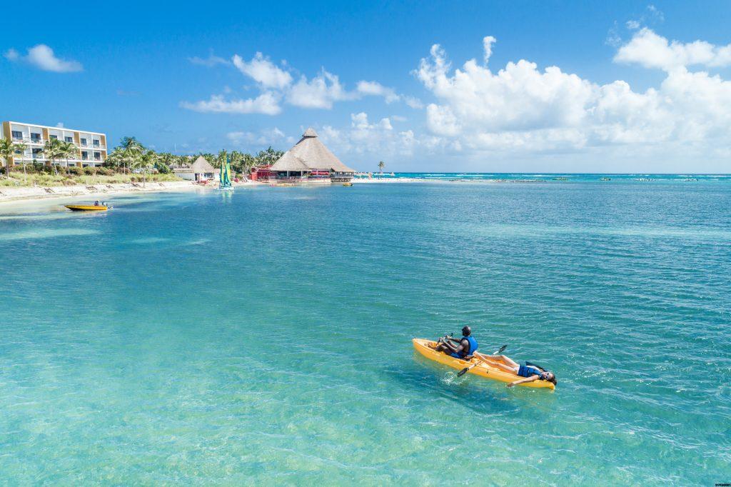 Descubra como viajar para o Caribe pagando menos de R$ 3 mil