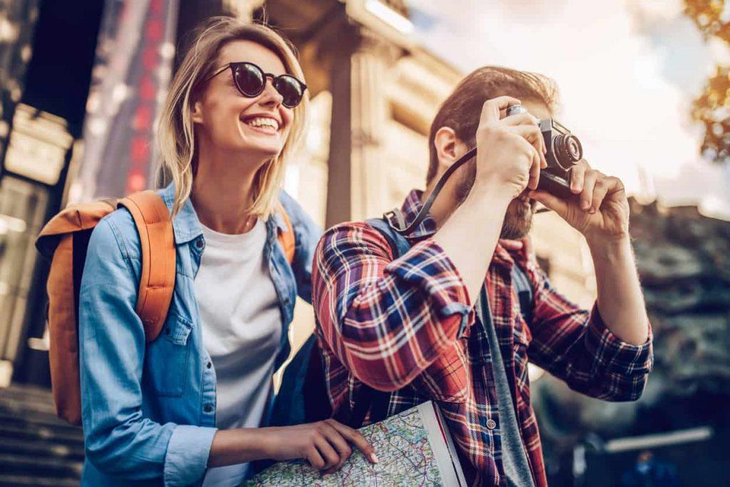 Leia essas 5 dicas fáceis para investidores iniciantes ganhar dinheiro para viajar