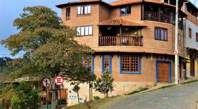 onde fica a Vila de Conceição de Ibitipoca