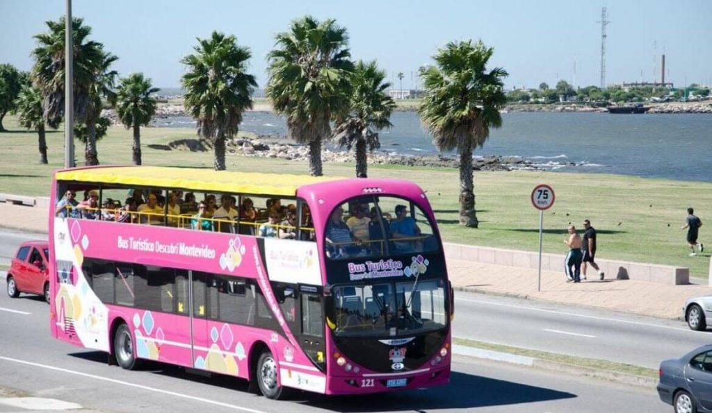 Planejamento de viagem de ônibus para a praia