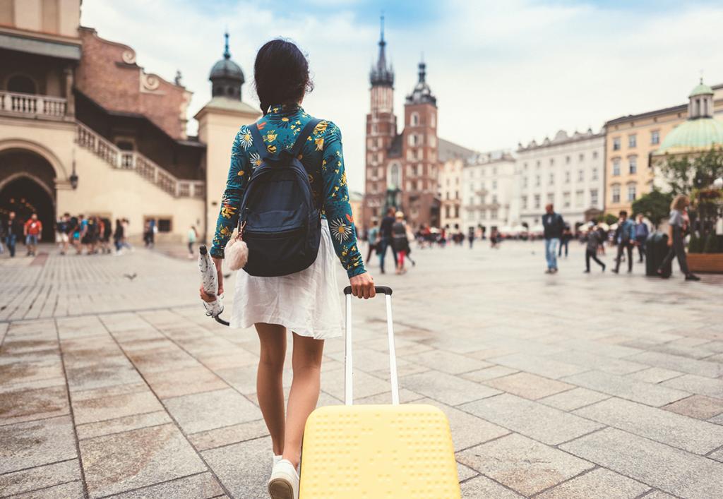 viajar com 2 mil reais para o exterior