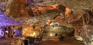 hospedar em cavernas